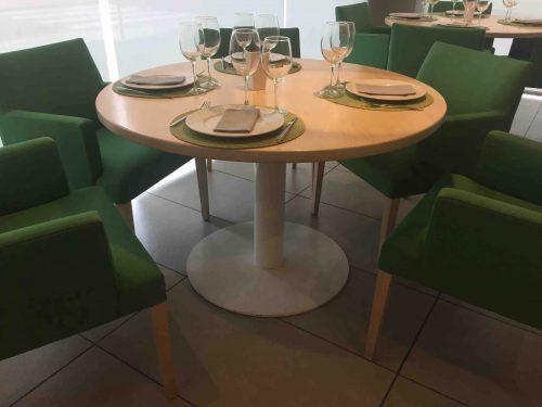 Pie de mesa central redondo Ginebra. Mobiliario interior para hostelería.