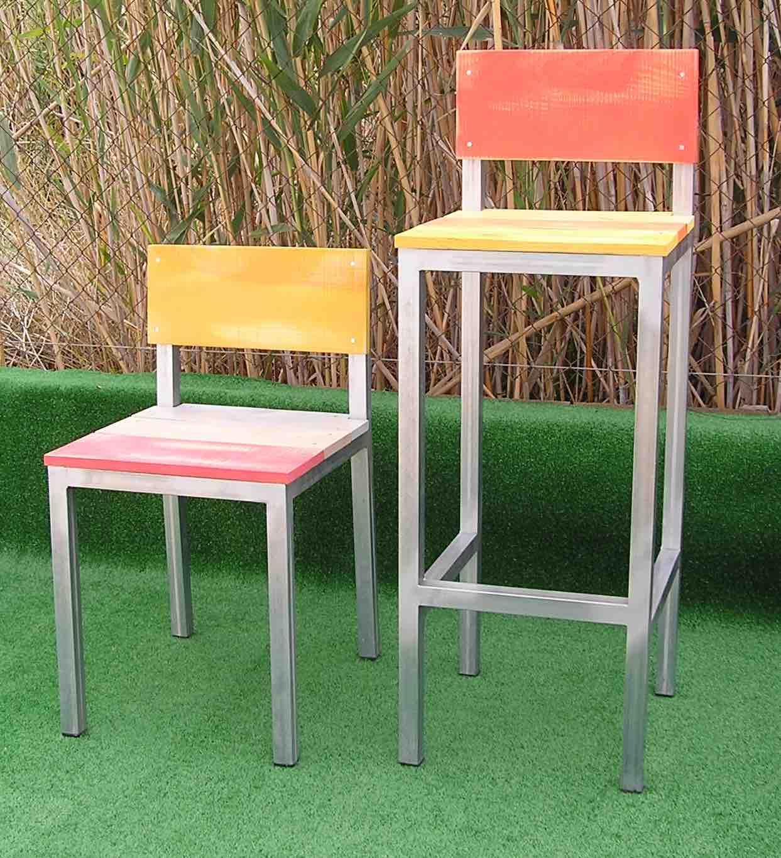 Silla exterior Serie Basica 30 y taburete exterior con respaldo Serie Básica 30